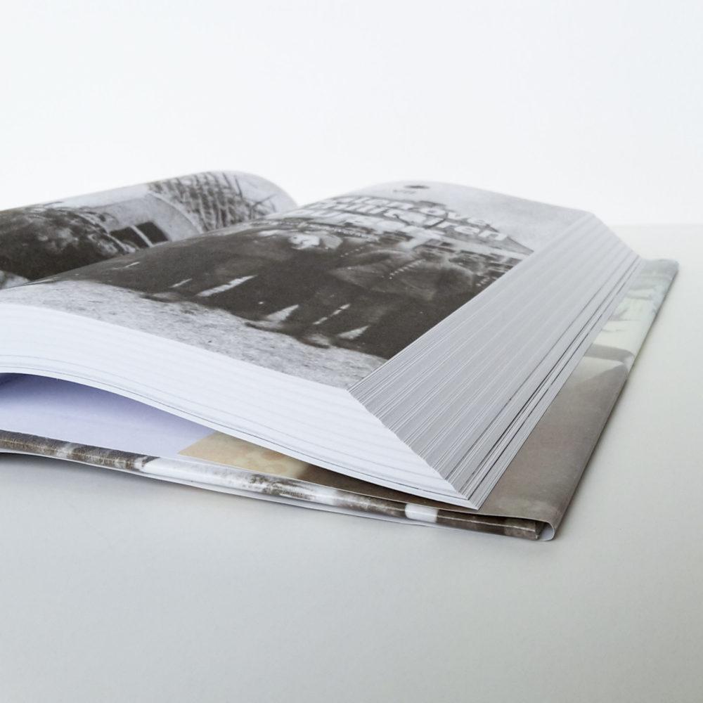 Hardcover met leeslint 5
