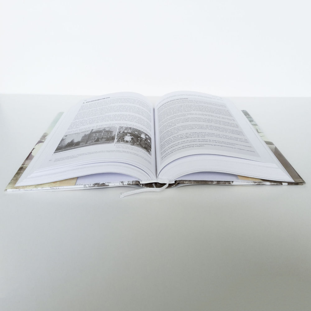 Hardcover met leeslint 4
