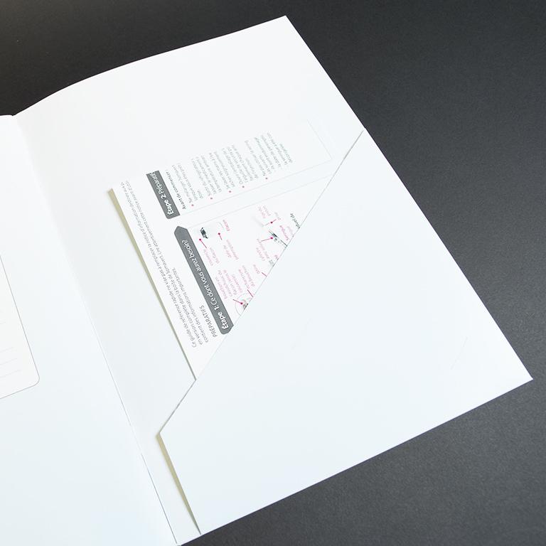 Pfizer brochure met pochette 2