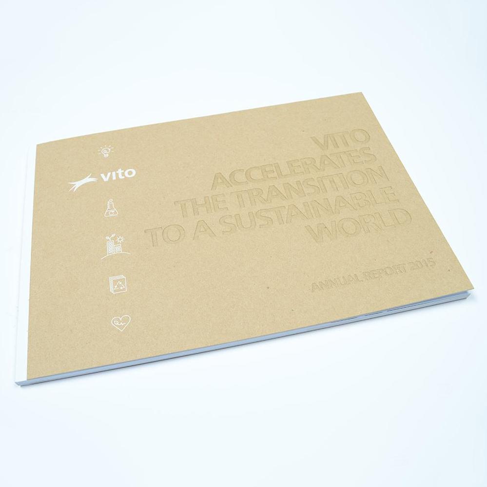 Vito jaarverslag met lasercut en zeefdruk 4