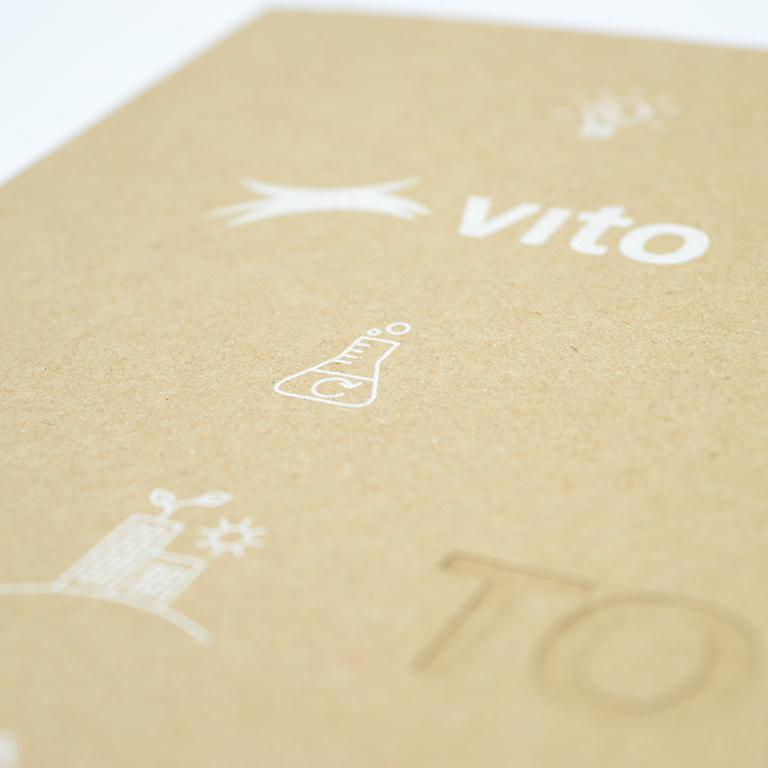 Vito jaarverslag met lasercut en zeefdruk