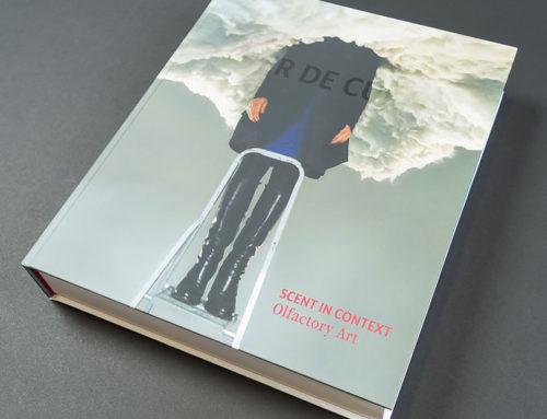 Kunstboek met hardcover peter de cupere met 11 geurinkten