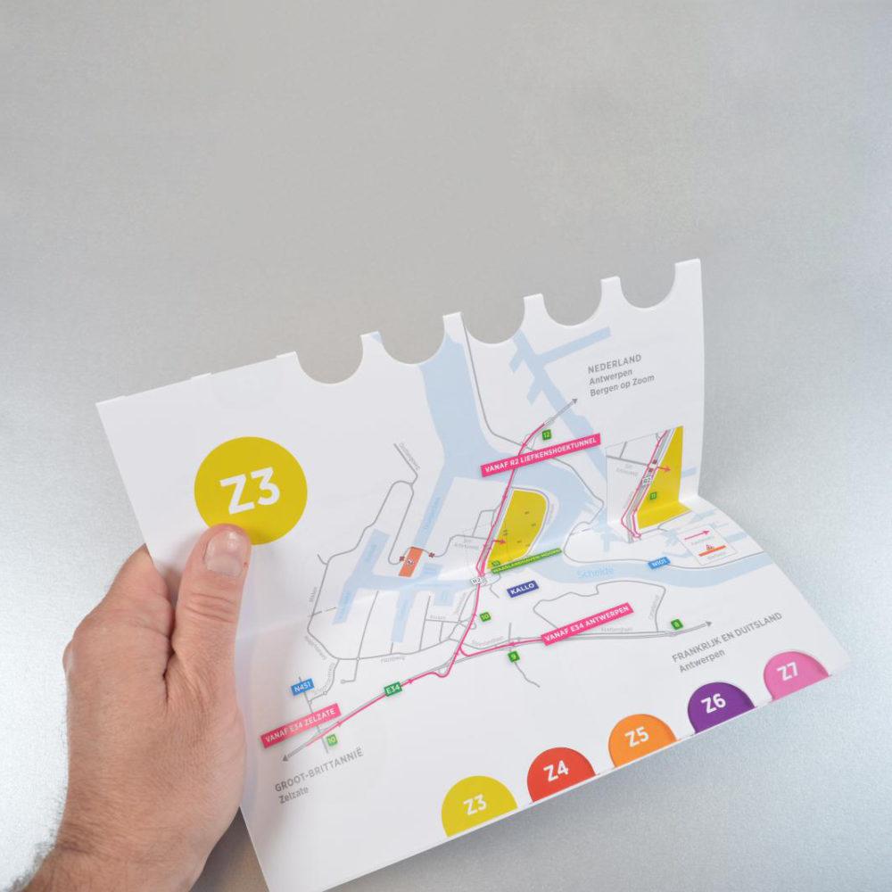 Waaslandhaven brochure met duimstans