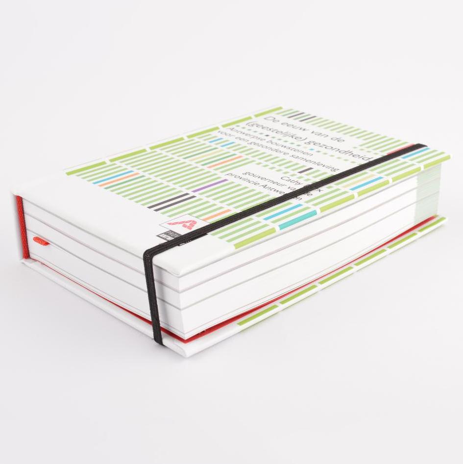 Provant hardcover met leeslint en elastieken sluiting