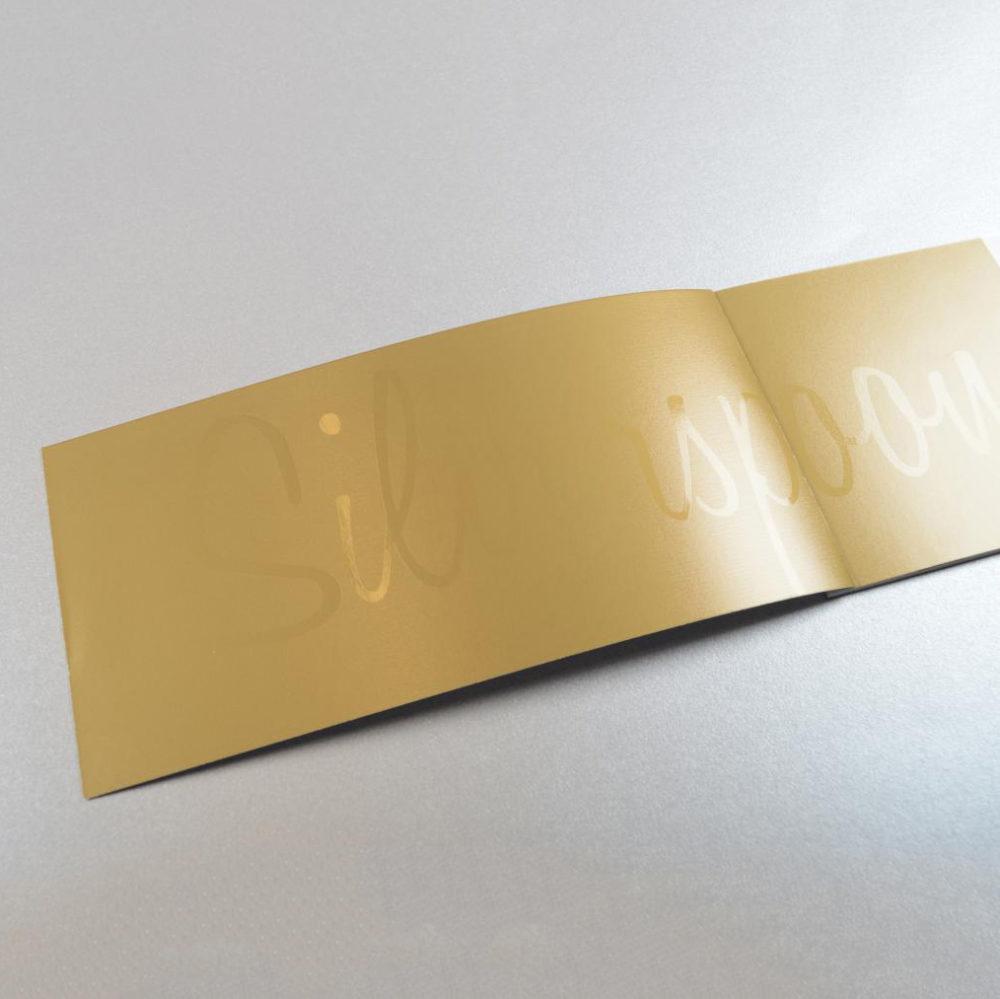 Silverspoon luxebrochure met dripoff lak 3