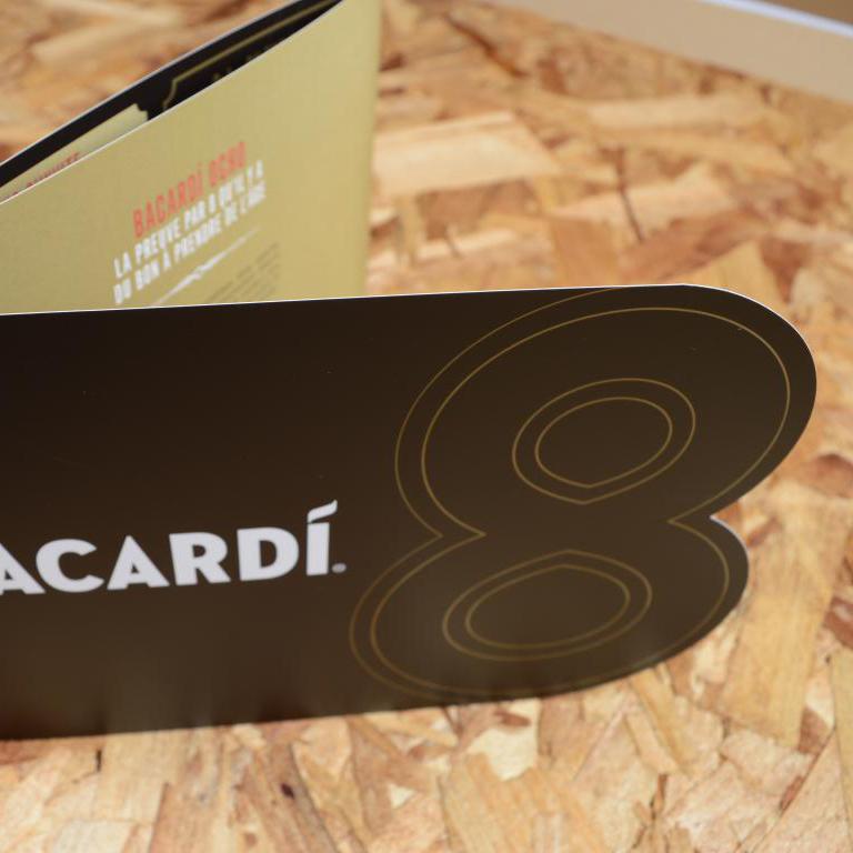 Bacardi folder met stans