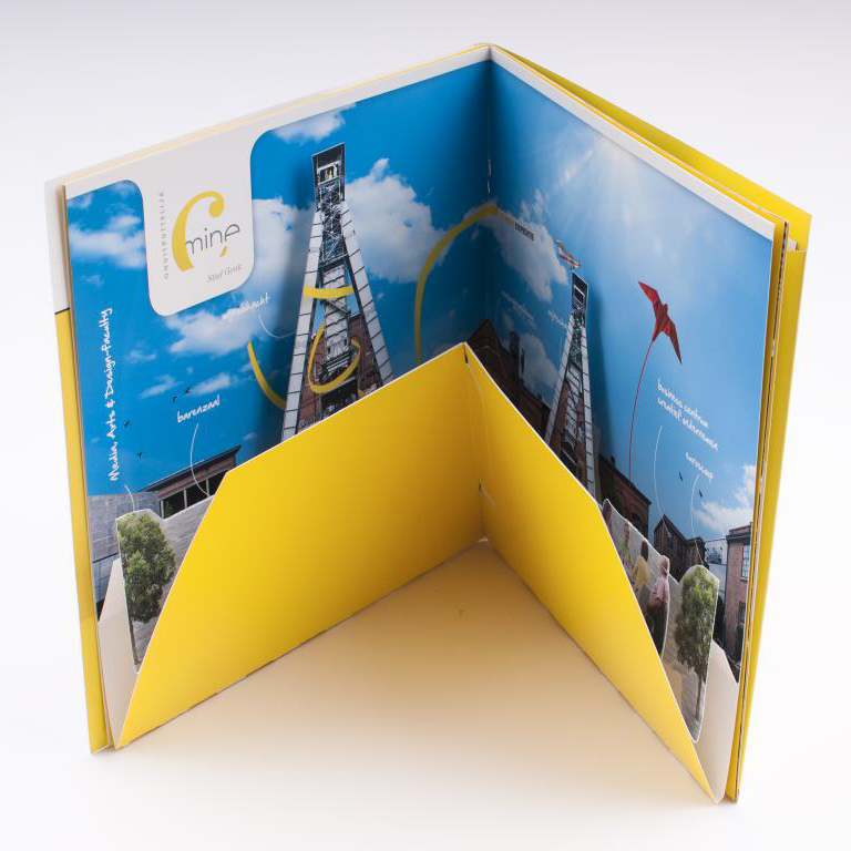 Cmine brochure met pop-up